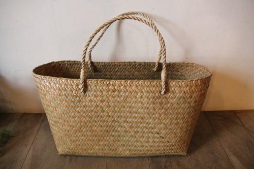 カチュー水草で編んだ横長かごバッグのLサイズ